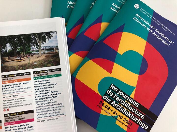 Photo des programmes des Journées de l'architecture. Crédits photo SPL Deux-Rives.